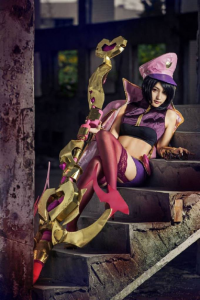 Unknown Female Artist as Vayne