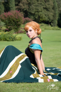 Achico Xion as Anna of Arendelle