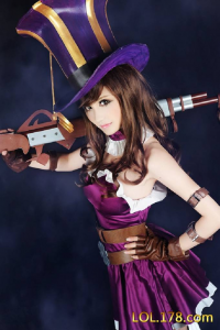 Unknown Female Artist as Caitlyn