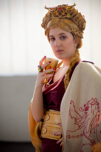 Natsumi723 as Cersei Lannister