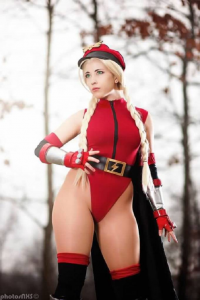 Pbay7 as Cammy White/Bison