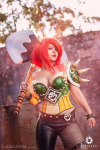 Lilla Bee Cosplay as Bowser
