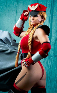 Macha Fiacha Cosplay as Cammy White/Bison