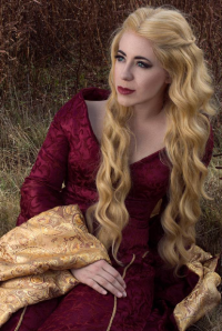 Amanda Dawn as Cersei Lannister