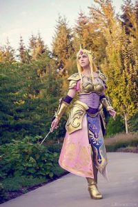 Unknown Female Artist as Princess Zelda/Battle Armor