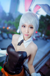 Unknown Female Artist as Riven